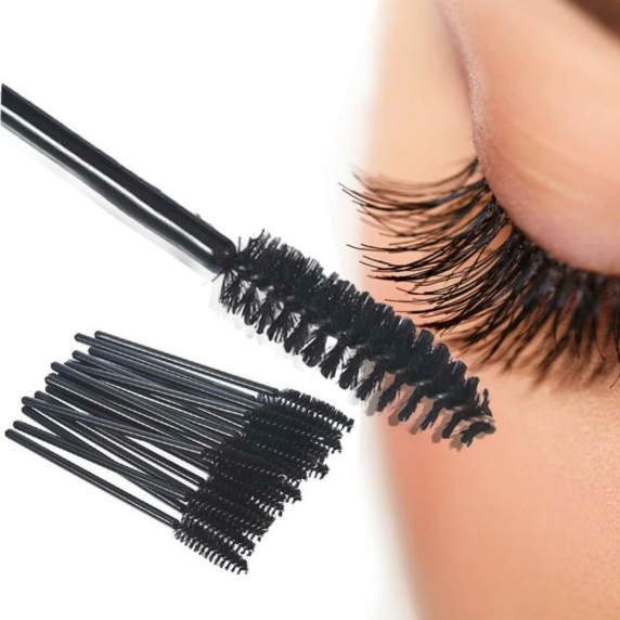 Resultado de imagem para escova cílios e sobrancelhas